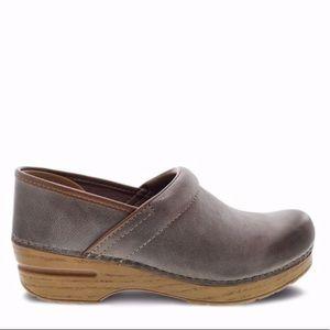 Dansko Stone Waxy Clogs Size 36